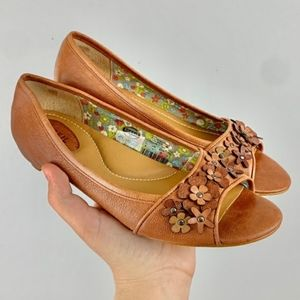 Fossil Floral Leather PeepToe Flats
